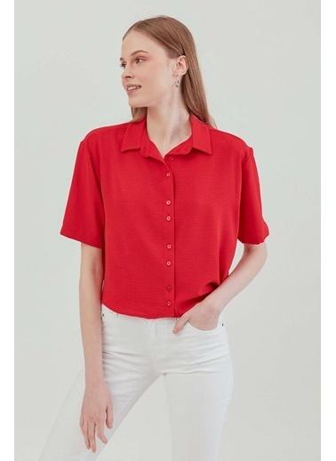 Vitrin VİTRİN Yakalı Kısa Kol Crop Gömlek Kırmızı